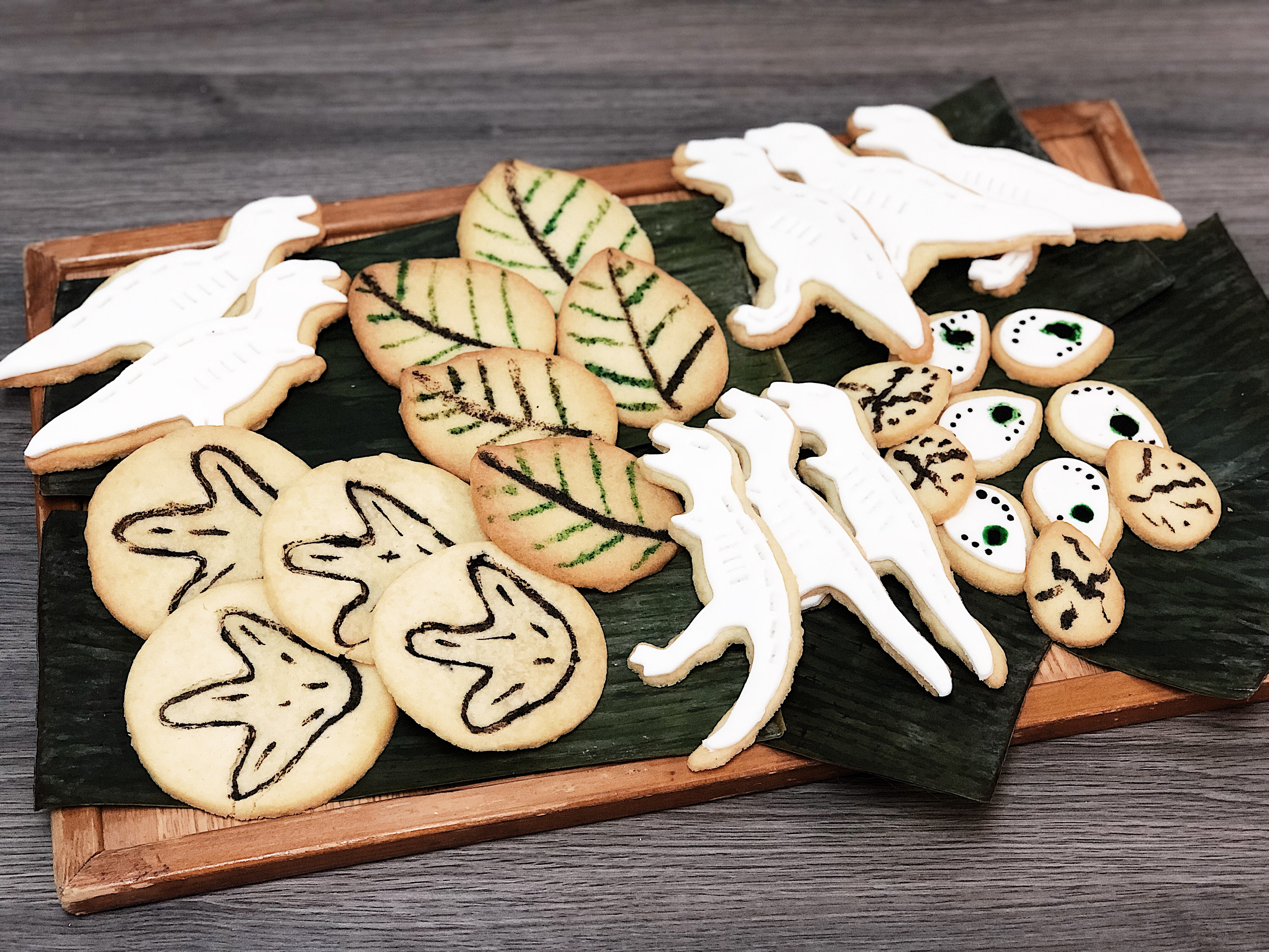 Making of: Dinosaurs cookie platters for MRU